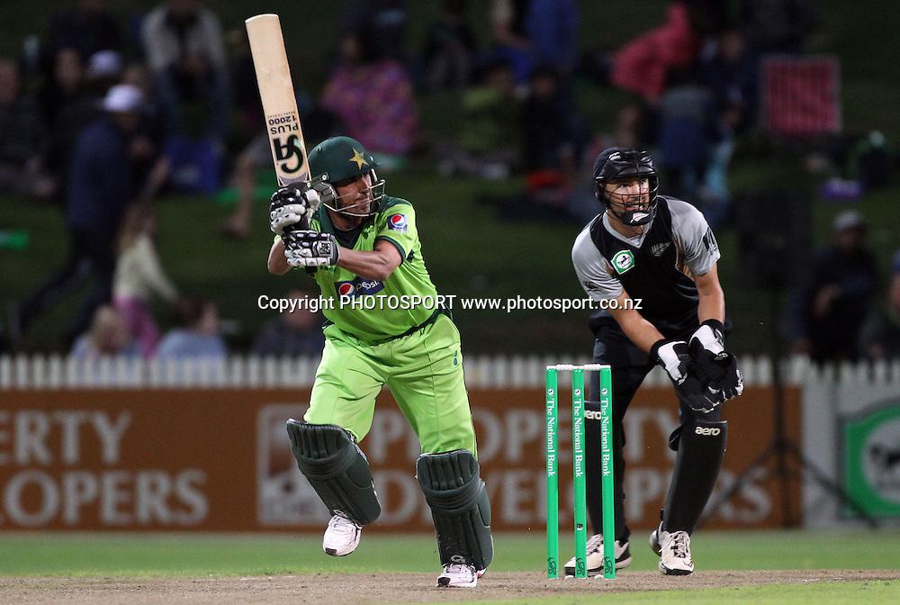 Younis Khan batting. New Zealand Black Caps v Pakistan, Match 2. Twenty 20 Cricket match at Seddon Park, Hamilton, New Zealand. Tuesday 28 December 2010. Photo: Andrew Cornaga/photosport.co.nz
