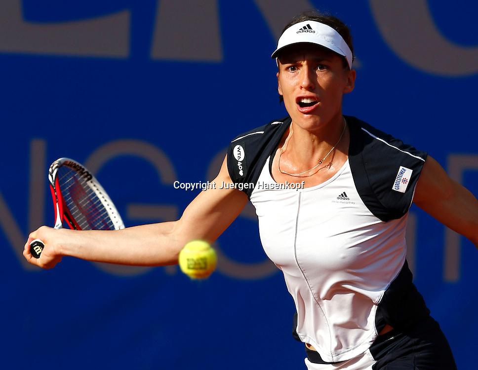 Nuernberger Versicherungscup 2013,WTA Tennis Tournament, Andrea Petkovic (GER),Aktion,<br /> Einzelbild,Halbkoerper,Querformat,