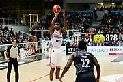 Jones Jarrod<br /> Dolomiti Energia Aquila Basket Trento - Consultinvest Victoria Libertas Pesaro<br /> Lega Basket Serie A 2016/2017<br /> PalaTrento 26/03/2017<br /> Foto Ciamillo-Castoria / M. Brondi