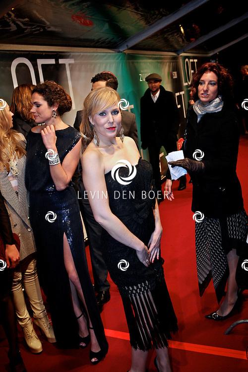 AMSTERDAM - Hadewych Minis op de premiere van de film Loft dinsdag in Amsterdam. De film is vanaf 16 december in de Nederlandse bioscopen te zien. FOTO LEVIN DEN BOER - PERSFOTO.NU
