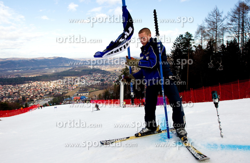 Worker when the race was cancelled during 1st Run of 47th Golden Fox Audi Alpine FIS Ski World Cup Ladies Giant Slalom, on January 15, 2011 in Pohorje, Maribor, Slovenia. Race was cancelled after 25th competitor. (Photo By Vid Ponikvar / Sportida.com)