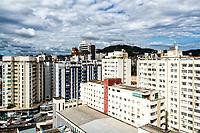 Edifícios no centro da cidade. Florianópolis, Santa Catarina, Brasil. / Buildings in downtown. Florianopolis, Santa Catarina, Brazil.