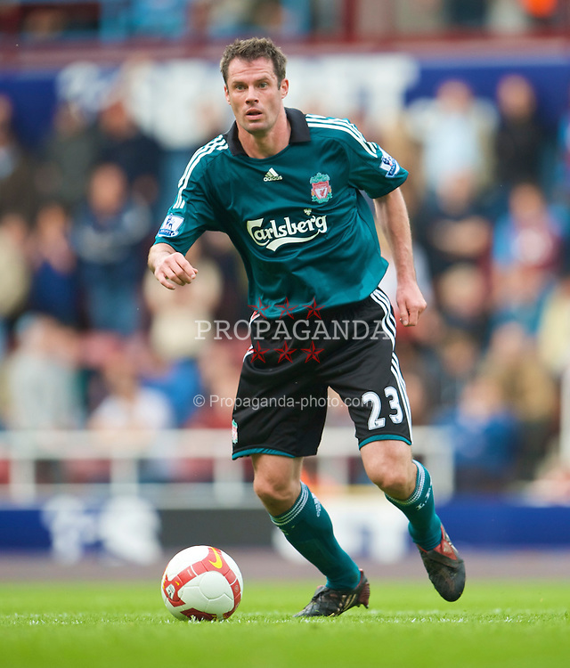 LONDON, ENGLAND - Saturday, May 9, 2009: Liverpool's Jamie Carragher in action against West Ham United during the Premiership match at Upton Park. (Photo by David Rawcliffe/Propaganda)