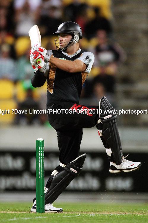 NZ captain Daniel Vettori bats.<br /> 1st Twenty20 cricket match - New Zealand v Australia at Westpac Stadium, Wellington. Friday, 26 February 2010. Photo: Dave Lintott/PHOTOSPORT