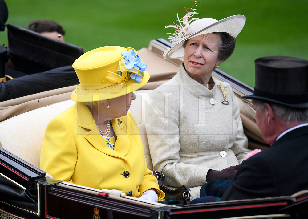© Licensed to London News Pictures. 19/06/2018. London, UK.  HRH Queen Elizabeth II and Princess Anne arrive for Day one of Royal Ascot at Ascot racecourse in Berkshire, on June 19, 2018. The 5 day showcase event, which is one of the highlights of the racing calendar, has been held at the famous Berkshire course since 1711 and tradition is a hallmark of the meeting. Top hats and tails remain compulsory in parts of the course. Photo credit: Ben Cawthra/LNP