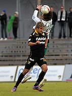 01.05.2010, Tapiolan Urheilupuisto, Espoo..Veikkausliiga 2010, FC Honka - IFK Mariehamn..Jami Puustinen (Honka) v Mate Dujilo (MIFK).©Juha Tamminen.