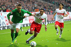 27.11.2011, Weser Stadion, Bremen, GER, 1.FBL, Werder Bremen vs VFB Stuttgart, im Bild Marko Arnautovic (SV Werder Bremen) im Zweikampf mit Cristian Molinaro (VfB Stuttgart) // during the Match GER, 1.FBL, Werder Bremen vs VFB Stuttgart, Weser Stadion, Bremen, Germany, on 2011/11/27EXPA Pictures © 2011, PhotoCredit: EXPA/ nph/ SielskiSielski..***** ATTENTION - OUT OF GER, CRO *****