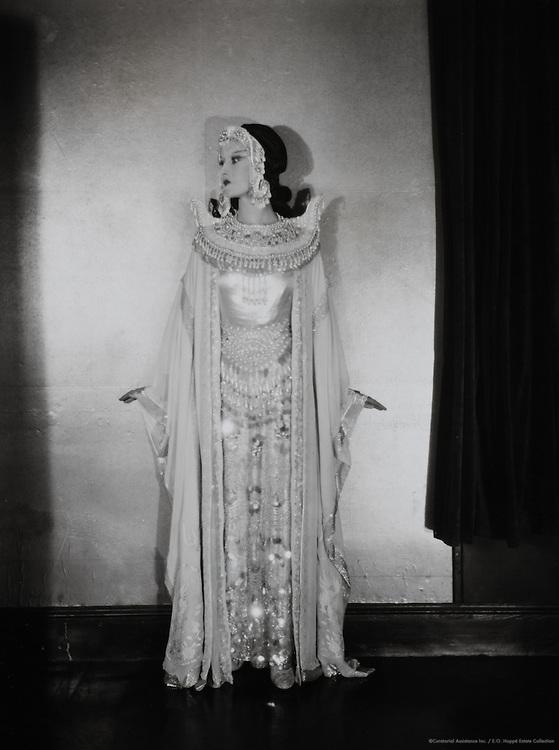 Elizabeth Nelvi, opera singer & composer (Mrs. Craig Edmonston), England, UK, 1919