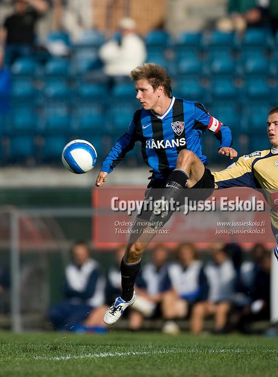Henri Lehtonen. Inter - HJK. Veikkausliiga. Turku 28.6.2007. Photo: Jussi Eskola
