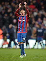 Crystal Palace's Dwight Gayle claps the home support at the final whistle. - Photo mandatory by-line: Alex James/JMP - Mobile: 07966 386802 - 23/11/2014 - Sport - Football - London -  - Crystal palace  v Liverpool - Barclays Premier League