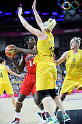 DESCRIZIONE : Basketball Jeux Olympiques Londres Demi finale<br /> GIOCATORE : Charles Tina USA Jackson Lauren AUS<br /> SQUADRA : USA FEMME<br /> EVENTO : Jeux Olympiques<br /> GARA : USA AUSTRALIE<br /> DATA : 09 08 2012<br /> CATEGORIA : Basketball Jeux Olympiques<br /> SPORT : Basketball<br /> AUTORE : JF Molliere <br /> Galleria : France JEUX OLYMPIQUES 2012 Action<br /> Fotonotizia : Jeux Olympiques Londres demi Finale Greenwich Arena<br /> Predefinita :