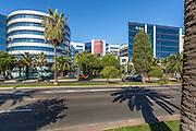 Ecole de commerce EDHEC situé dans le quartier Arenas // EDHEC Business school in Arenas area