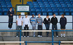 CARDIFF, WALES - Wednesday, October 8, 2008: Supporters watch Wales players during a training session at Ninian Park ahead of the UEFA European U21 Championship Play-Off match against England. (Photo by David Rawcliffe/Propaganda)