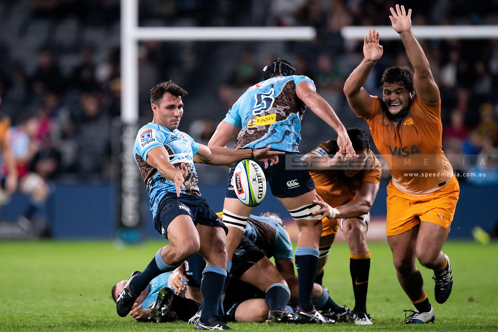 SYDNEY, AUSTRALIA - MAY 25: Waratahs player Nick Phipps (9) kicks the ball from the scrum at week 15 of Super Rugby between NSW Waratahs and Jaguares on May 25, 2019 at Western Sydney Stadium in NSW, Australia. (Photo by Speed Media/Icon Sportswire)