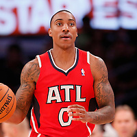 03 November 2013: Atlanta Hawks point guard Jeff Teague (0) brings the ball upcourt during the Los Angeles Lakers 105-103 victory over the Atlanta Hawks at the Staples Center, Los Angeles, California, USA.