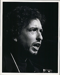 Jan. 01, 1974 - Los Angeles, California, U.S. - Folk singer Bob Dylan performs during a live show. (Credit Image: © Keystone Press Agency/Keystone USA via ZUMAPRESS.com)