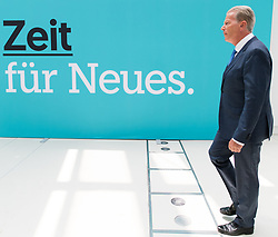 "01.07.2017, Design Center, Linz, AUT, ÖVP, 38. ordentlicher Bundesparteitag, mit Wahl von Bundesminister Kurz zum neuen Bundesparteiobmann, unter dem Motto ""Zeit für Neues - Zusammen neue Wege gehen"". im Bild ehemaliger Parteiobmann und Vizekanzler Reinhold Mitterlehner // former Vice Chancellor of Austria and Minister of Science and Economy Reinhold Mitterlehner during political convention of the Austrian People' s Party with election of Sebastian Kurz as the new party leader at Design Centre in Linz, Austria on 2017/07/01. EXPA Pictures © 2017, PhotoCredit: EXPA/ Michael Gruber"