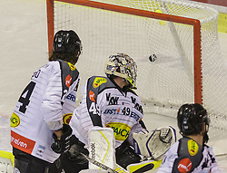 18.12.2015, Stadthalle, Klagenfurt, AUT, EBEL, EC KAC vs Dornbirner Eishockey Club, 32. Runde, im Bild Michael Caruso (Dornbirner Eishockey Club, #24), Florian Hardy (Dornbirner Eishockey Club, #49), Nikolas Petrik (Dornbirner Eishockey Club, #12) // during the Erste Bank Eishockey League 32nd round match match betweeen EC KAC and Dornbirner Eishockey Club at the City Hall in Klagenfurt, Austria on 2015/12/18. EXPA Pictures © 2015, PhotoCredit: EXPA/ Gert Steinthaler