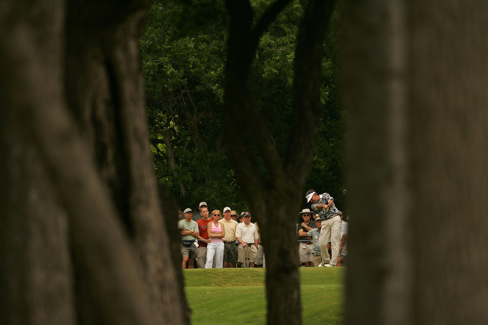 J.L. Lewis..2004 Colonial Invitational.Third Round.Colnial Country Club.Fort Worth, Texas.Saturday, May 22 2004.photograph by Darren Carroll