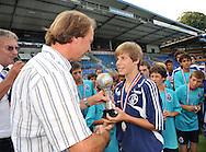 30-08-2008 VOETBAL:AUDAX JEUGDTOERNOOI 2008:TILBURG<br /> De beste speler bij de C-Junioren, Schalke 04 speler Tammo Harder<br /> Foto: Geert van Erven