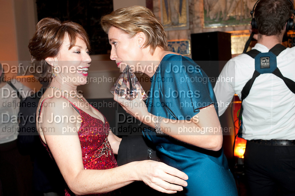 KATHY LETTE; EMMA THOMPSON, Harpers Bazaar Women of the Year Awards. North Audley St. London. 1 November 2010. -DO NOT ARCHIVE-© Copyright Photograph by Dafydd Jones. 248 Clapham Rd. London SW9 0PZ. Tel 0207 820 0771. www.dafjones.com.