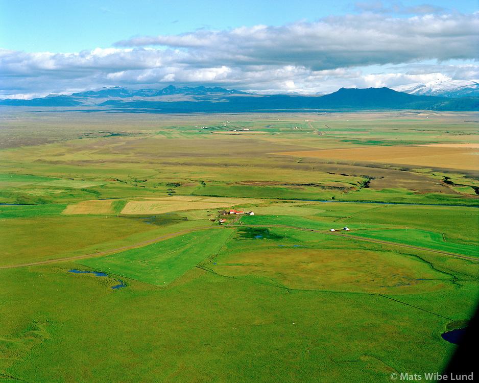 Árbakki séð til suðausturs, Rangárþing ytra áður Landmannahreppur /  Arbakki viewing southeast, Rangarthing ytra former Landmannahreppur.