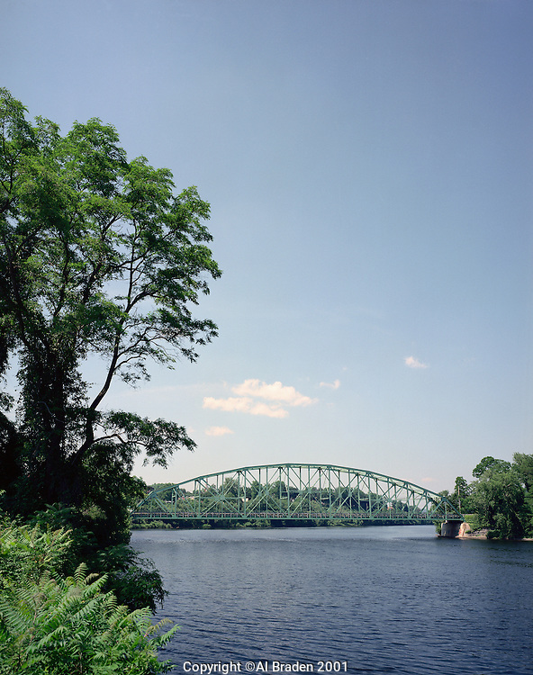 Hinsdale Bridge over the Connecticut River at Brattleboro, VT
