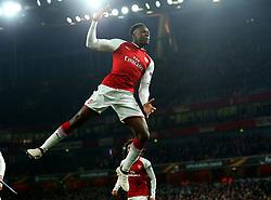 Danny Welbeck of Arsenal celebrates scoring his second goal to make it 3-1 - Mandatory by-line: Robbie Stephenson/JMP - 15/03/2018 - FOOTBALL - Emirates Stadium - London, England - Arsenal v AC Milan - UEFA Europa League Round of 16, Second leg