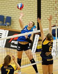 20-10-2013 VOLLEYBAL: EREDIVISIE PEELPUSH - SLIEDRECHT SPORT: MEIJEL<br /> Bianca Gommans, Sliedrecht Sport<br /> ©2013-FotoHoogendoorn.nl / Pim Waslander