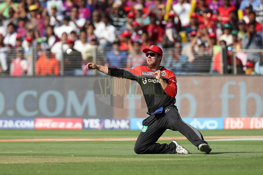 Travis Head of the Royal Challengers Bangalore during match 34 of the Vivo 2017 Indian Premier League between the Rising Pune Supergiants and the Royal Challengers Bangalore   held at the MCA Pune International Cricket Stadium in Pune, India on the 29th April 2017<br /> <br /> Photo by Ron Gaunt - Sportzpics - IPL