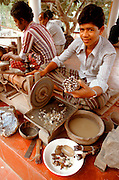 SRI LANKA, CRAFTS, GEMS Ratnapura mines, Gem cutter cutting Semi-precious stones