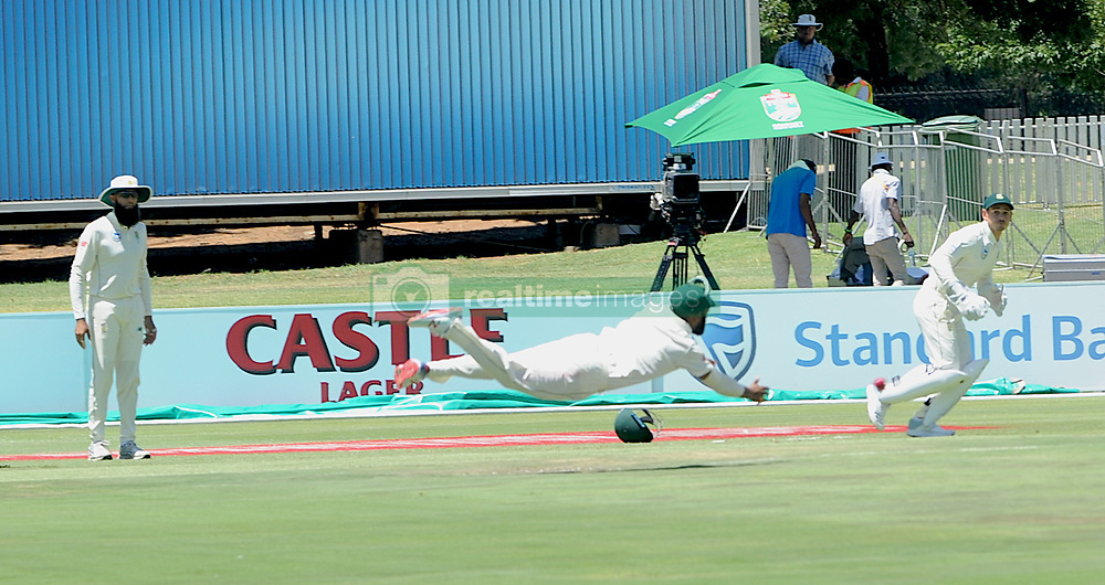 Pretoria 26-12-18. The 1st of three 5 day cricket Tests, South Africa vs Pakistan at SuperSport Park, Centurion. Day 1. Hashim Amla watches Temba Bavuma throw into the wickets in an attempt at stumps. <br /> Picture: Karen Sandison/African News Agency(ANA)
