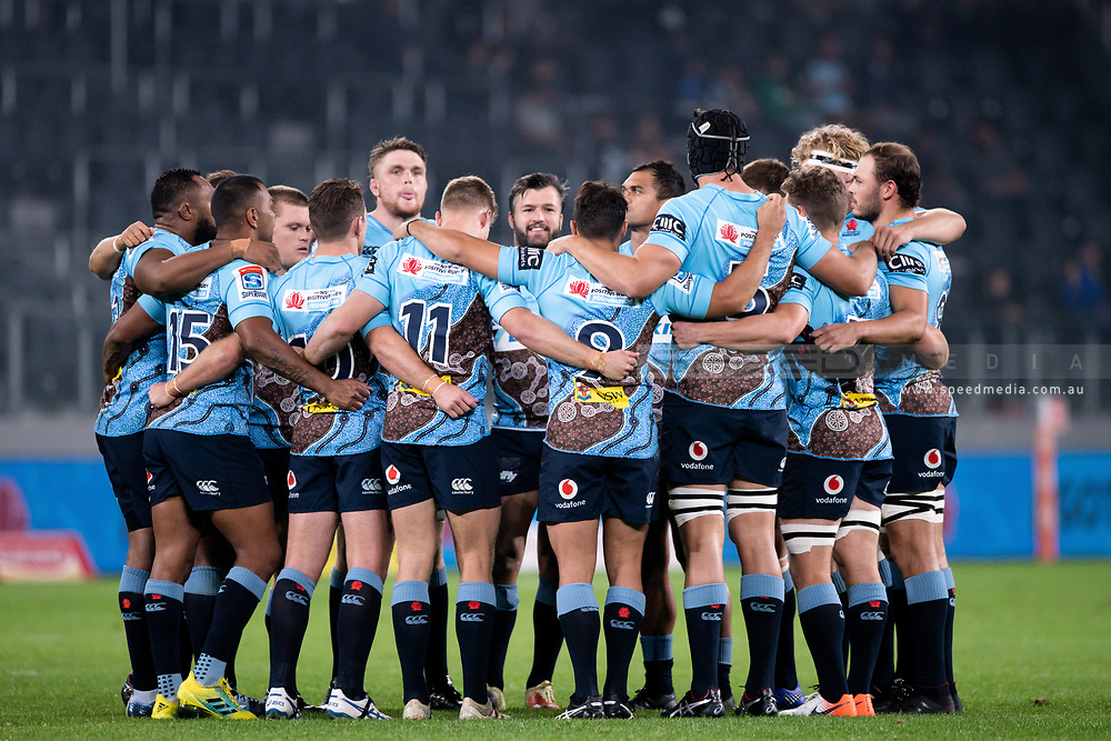 SYDNEY, AUSTRALIA - MAY 25: Waratahs stand in a huddle at week 15 of Super Rugby between NSW Waratahs and Jaguares on May 25, 2019 at Western Sydney Stadium in NSW, Australia. (Photo by Speed Media/Icon Sportswire)