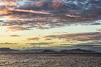 Anoitecer na Praia do Ribeirão da Ilha. Florianópolis, Santa Catarina, Brasil. / Ribeirao da Ilha Beach at dusk. Florianopolis, Santa Catarina, Brazil.