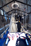 Perspreview 50 jaar Koninklijk Paleis Amsterdam.<br /> <br /> Op de foto:  De trouwjurk en trouwpak van Koning Willem-Alexander en Koningin Maxima