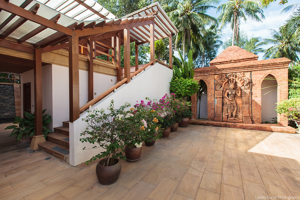 Garden carvings at Baan Wanora, a luxury, private, beach front villa located in Laem Sor, Koh Samui, Thailand