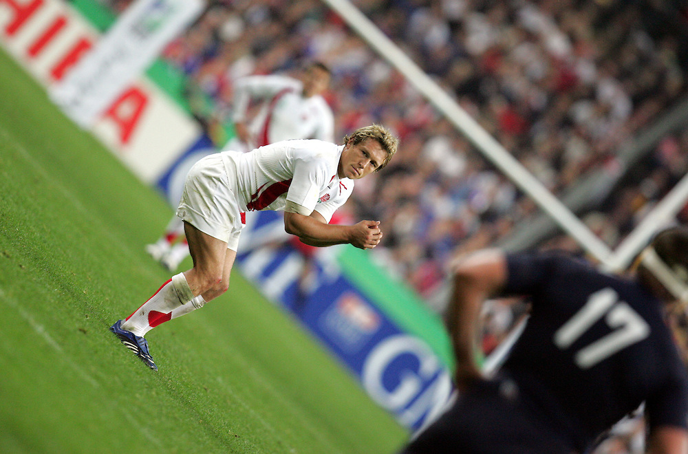 Jonny Wilkinson prepares to take the penalty that puts England in the lead.France v England, Semi Final, IRB Rugby World Cup 2007, Stade De France, St Denis, 13th October 2007.