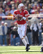 University of Nebraska quarterback Zac Taylor drops back to pass against Missouri in the second half at Memorial Stadium in Lincoln, Nebraska, November 4, 2006.  The Huskers defeated the Tigers 34-20.<br />