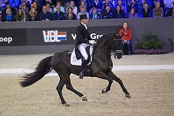 Gal Edward, (NED), Glock's Voice<br /> Grand Prix CDI 4*<br /> Indoor Brabant - 's Hertogenbosch 2015<br /> © Hippo Foto - Dirk Caremans