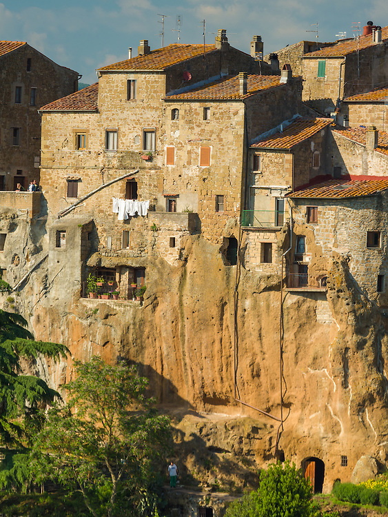 Pitigliano mid-afternoon