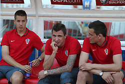 12.06.2015, Stadion Poljud, Split, CRO, UEFA Euro 2016 Qualifikation, Kroatien vs Italien, Gruppe H, im Bild Nogometasi uoci utakmice. Mario Pasalic, Mario Mandzukic, Lovre Kalinic // during the UEFA EURO 2016 qualifier group H match between Croatia and and Italy at the Stadion Poljud in Split, Croatia on 2015/06/12. EXPA Pictures © 2015, PhotoCredit: EXPA/ Pixsell/ Ivo Cagalj<br /> <br /> *****ATTENTION - for AUT, SLO, SUI, SWE, ITA, FRA only*****