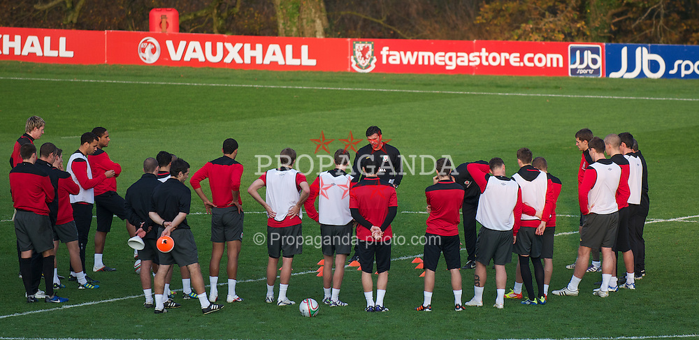 CARDIFF, WALES - Thursday, November 10, 2011: Wales' manager Gary Speed MBE during a training session at the Vale of Glamorgan Hotel ahead of the friendly match against Norway. (Pic by David Rawcliffe/Propaganda)