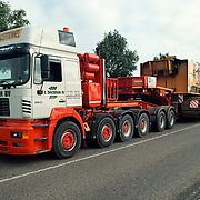 Zwaar kraan transport Zwagerman Nederhorst den Berg