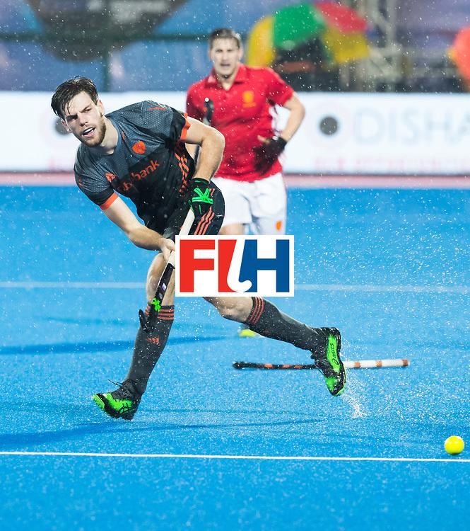 BHUBANESWAR - Lars Balk (Ned)  tijdens de Hockey World League Finals , de wedstrijd om de 7e plaats, Engeland-Nederland (0-1).   COPYRIGHT KOEN SUYK