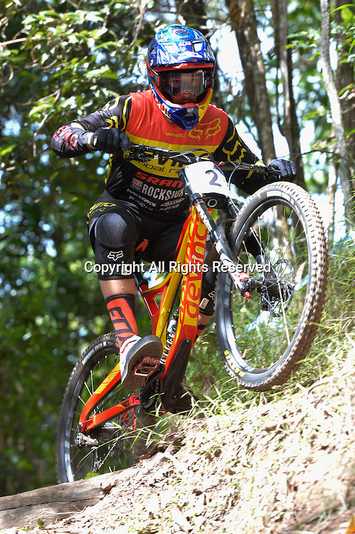 22.04.2016. Cairns,Australia. UCI Mountain Bike World Cup. Downhill qualifying. Steve Smith from Canada riding for DEVINCI GLOBAL RACING.