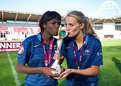LLANELLI, WALES - Saturday, August 31, 2013: France's two goal-scorers Aminata Diallo and Sandie Toletti celebrate with their medals after beating England 2-0 during the Final of the UEFA Women's Under-19 Championship Wales 2013 tournament at Parc y Scarlets. (Pic by David Rawcliffe/Propaganda)
