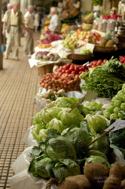 Cabbages exposed at the farmers market at Gunchal