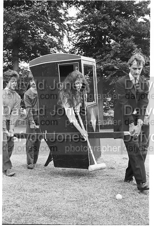 Nigella Lawson playing croquet at a Dangerous Sports Club Tea party. Given at the Gloucestershire home of the Dutch Ambassador Robbert Fack. Supported by Hugo Spowers, Hubie gibbs and adam sedgewick. 22 August 1981. ? Copyright Photograph by Dafydd Jones 248 Clapham Rd. London SW9 0PZ. 0207 820 0771.  www.dafjones.com