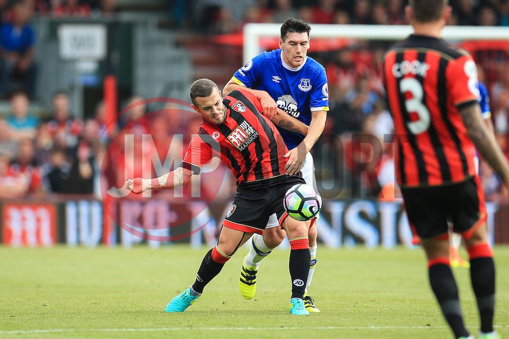Jack Wilshere of Bournemouth hold back Gareth Barry of Everton - Mandatory by-line: Jason Brown/JMP - 24/09/2016 - FOOTBALL - Vitality Stadium - Bournemouth, England - AFC Bournemouth v Everton - Premier League