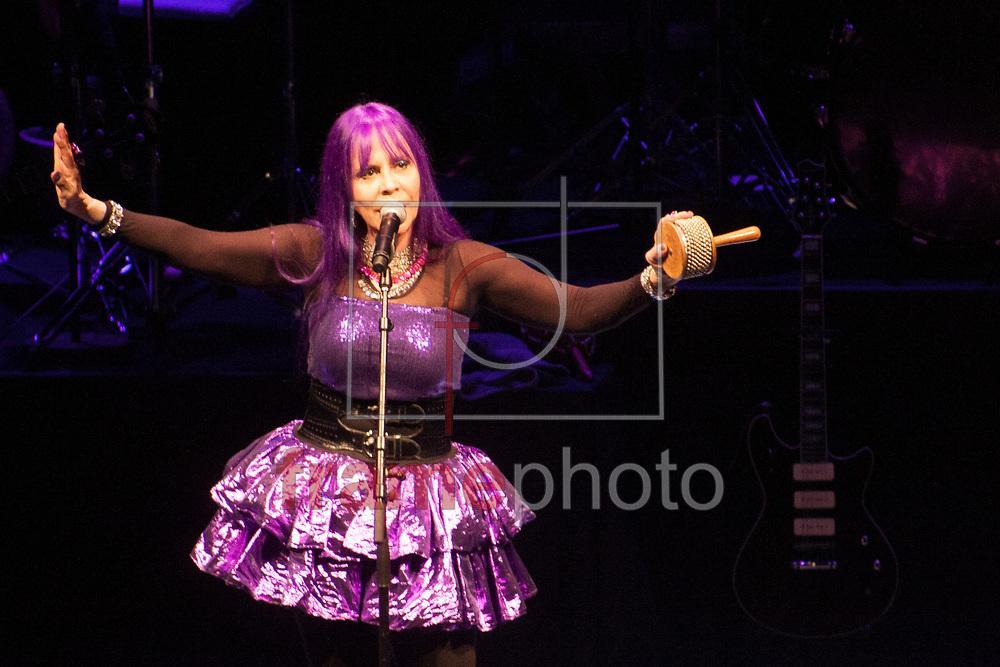 São Paulo/SP - 04/10/2013 - A cantora Baby do Brasil faz uma série de shows no SESC Pinheiros nos dias 4, 5 e 6 de outubro, em comemoração aos seus 60 anos de vida. Foto: Raphael Pascoal/Frame.